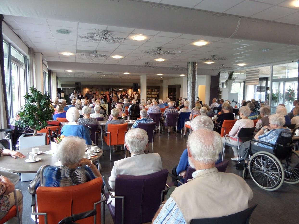 Oranjefeest: Seniorenmiddag